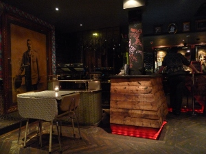 hook up bars in london